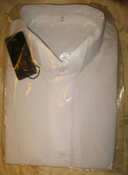Рубашка с воротом под бабочку!Размер: 41/182. Цена:150р